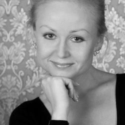 портрет девушка фото студия съемка ЧБ