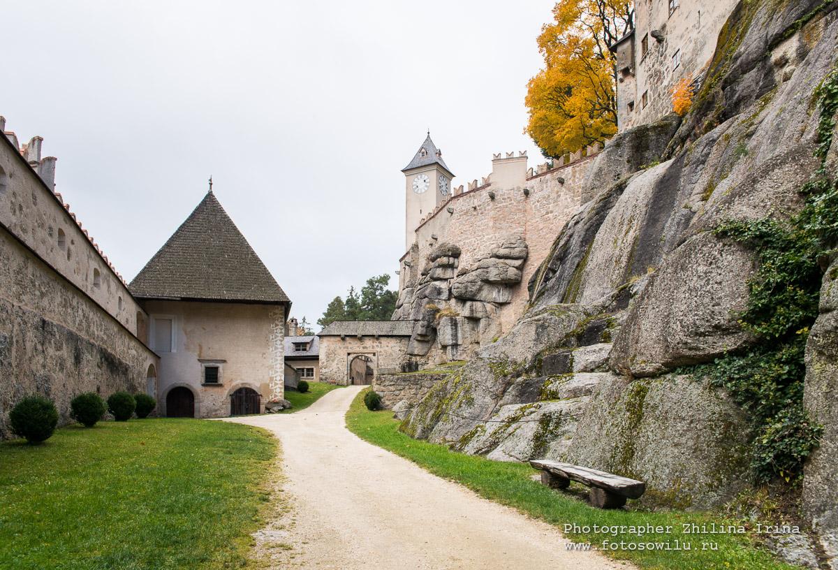 что смотреть в Австрии, замки Австрии, замок Раппотенштайн, достопримечательности Австрии, на машине по Австрии