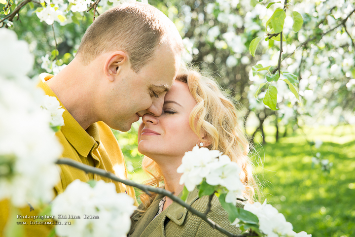 яблони, фотосессия Москва, фотограф Москва, семейная фотосъемка, фотосессия в яблонях