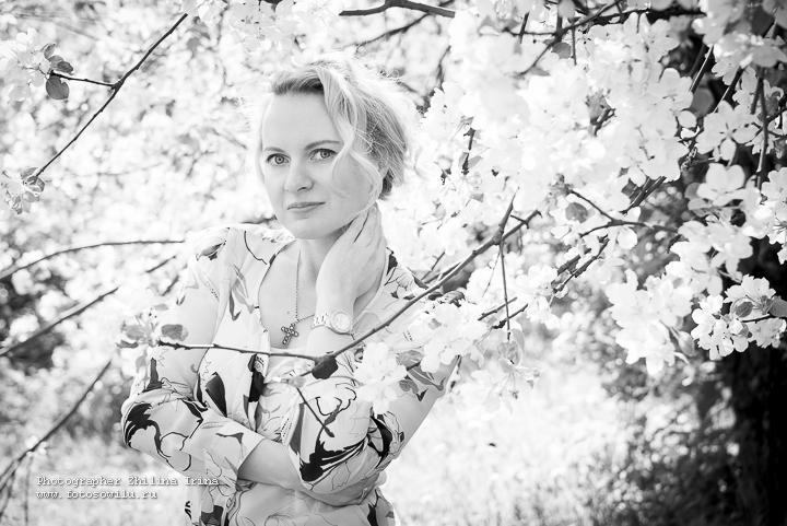 яблони, фотосессия Москва, фотограф Москва, семейная фотосъемка, детская фотосъемка, семейный фотограф, детский фотограф, фотосессия в яблонях