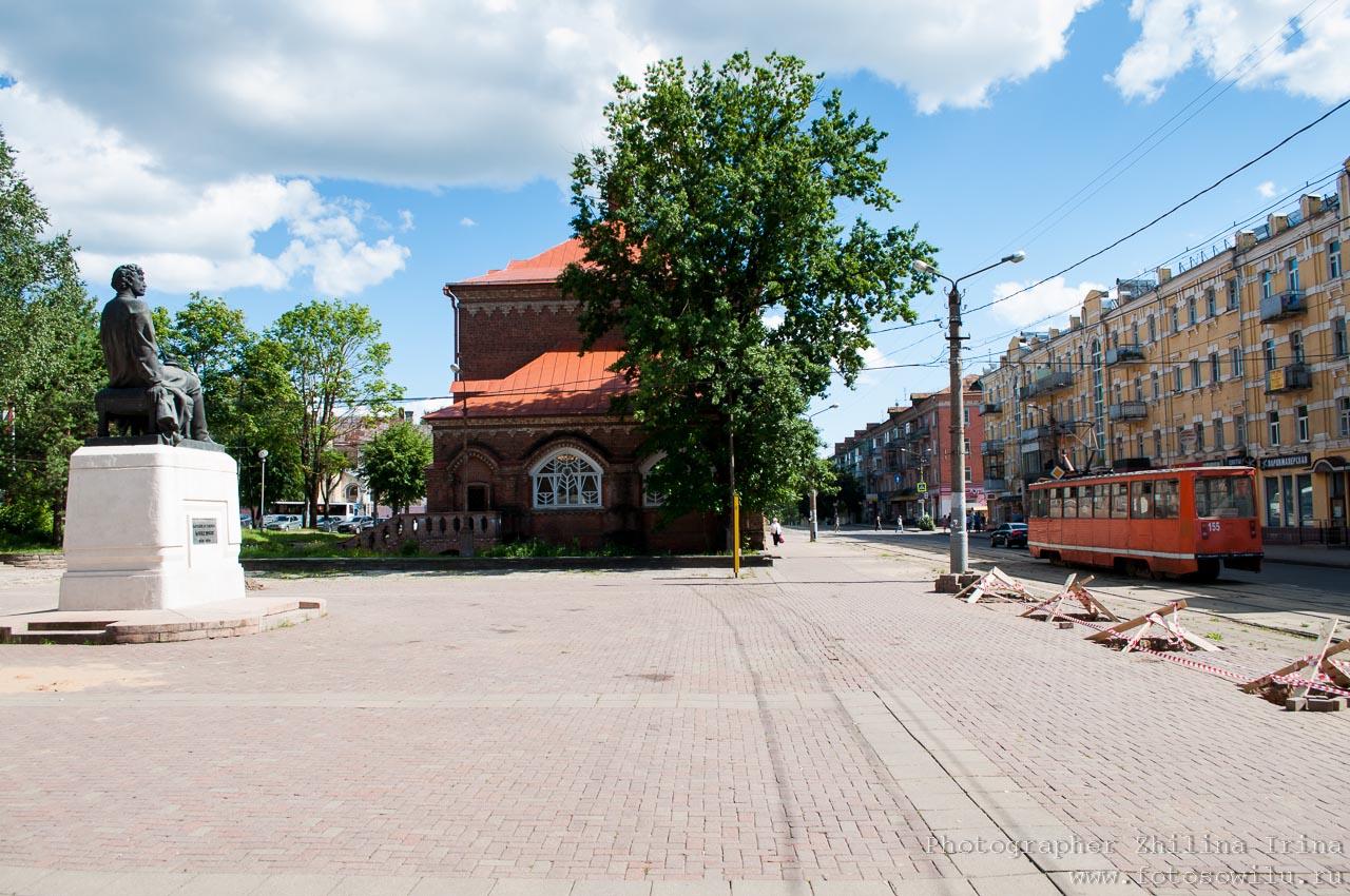 Смоленск, что смотреть в России, города России, поездки по России, отдых в России, площадь Победы