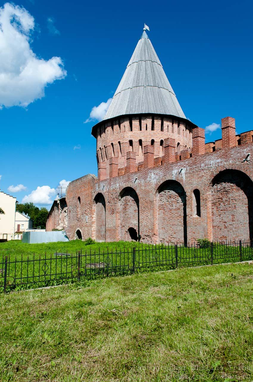 прогулка по Смоленску, что смотреть в России, города России, поездки по России, отдых в России, крепостная стена