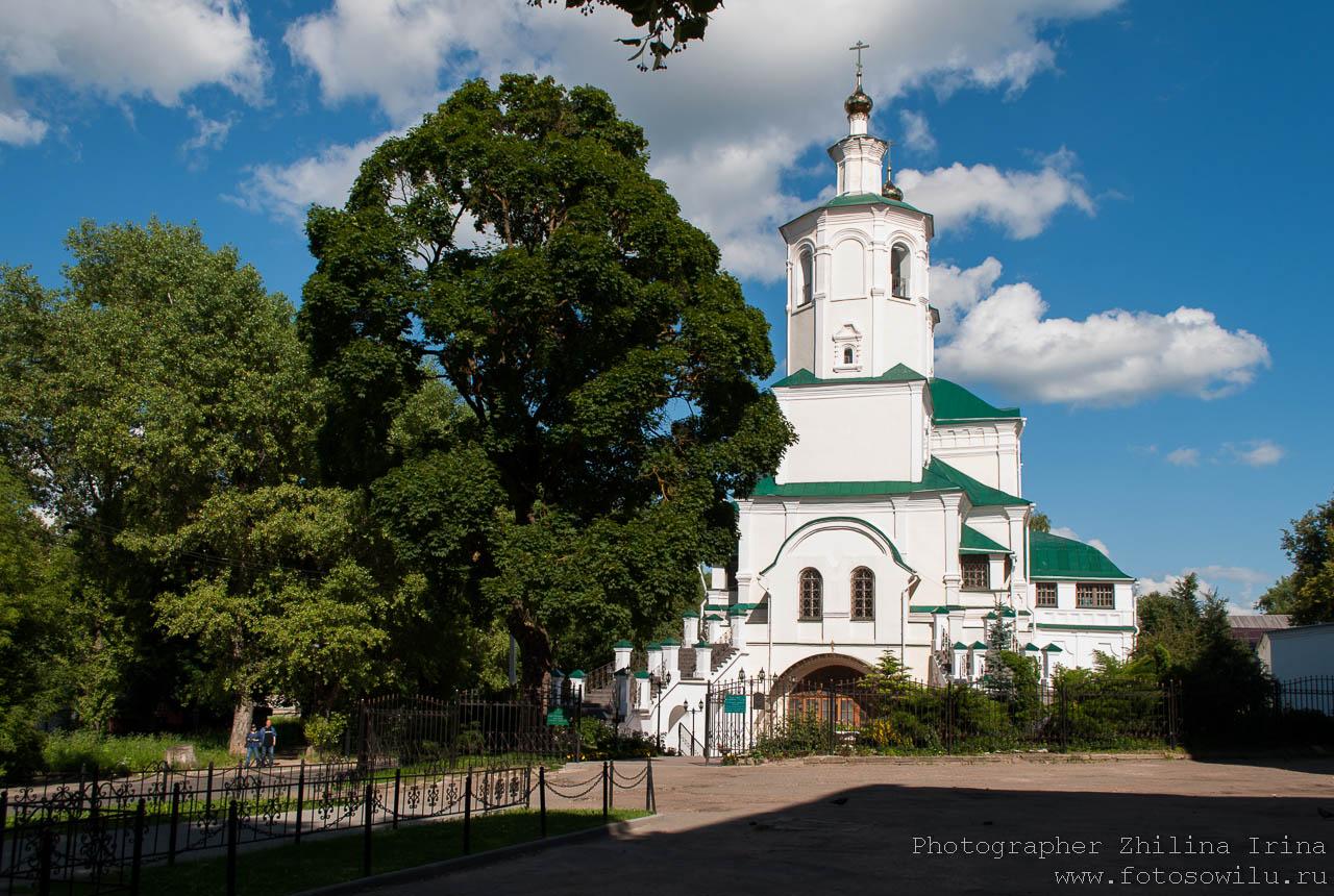 прогулка по Смоленску, что смотреть в России, города России, поездки по России, отдых в России, Преображенский собор
